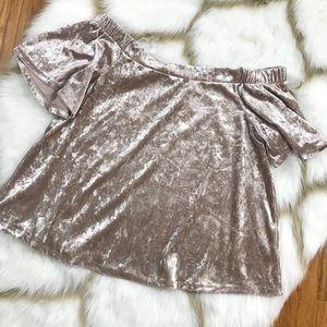 One Clothing Off Shoulder top Crushed Velvet Med